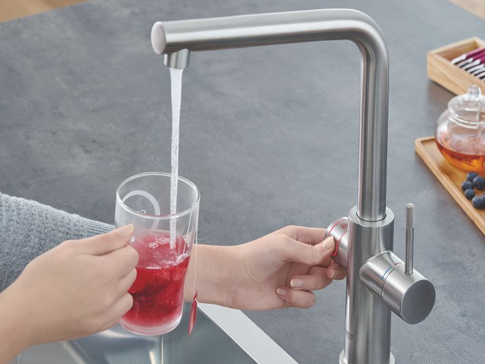 GROHE Red Faucet and combi-boiler (8 liter)