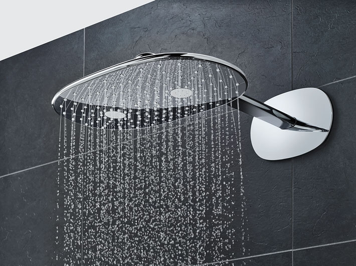 SmartControl Head Showers and Combi Shower Sets