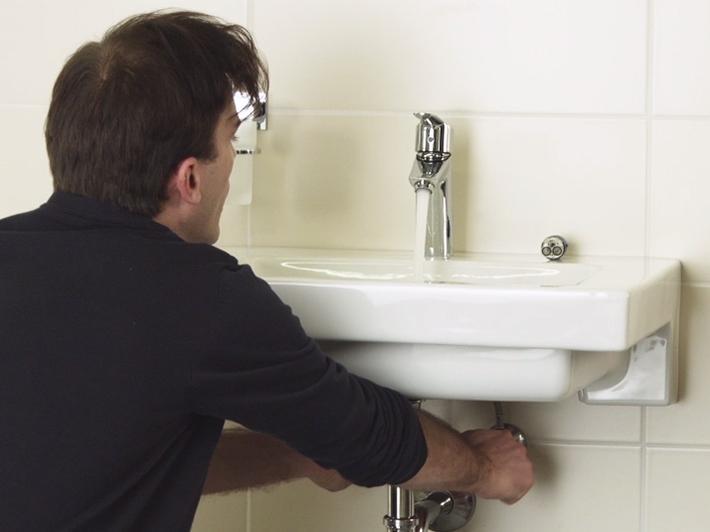 comment changer la cartouche d 39 un robinet lavabo tuto. Black Bedroom Furniture Sets. Home Design Ideas